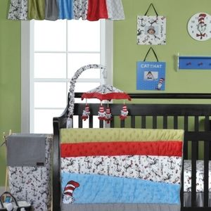 Available til 2/25!6 pc Cat in the Hat nursery set